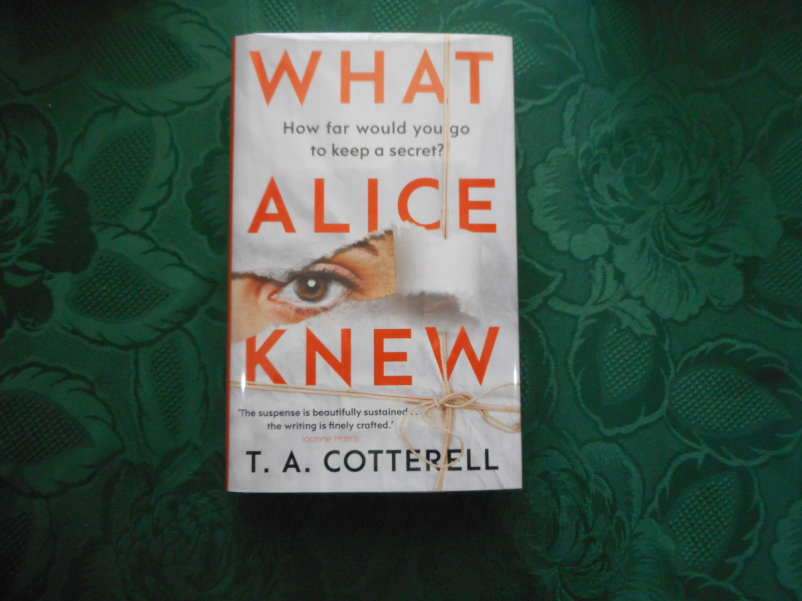 Image for What Alice Knew (SIGNED LIMITED 1st Edition)