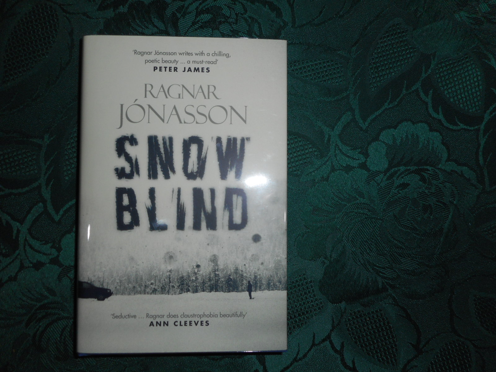 Image for Snowblind ( Snow Blind ) - SIGNED by the Author and Translator. First UK Edition First Printing - Precedes the US Edition.