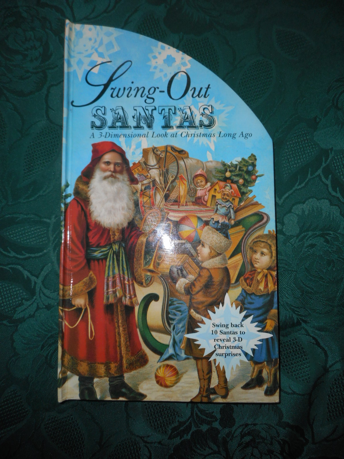 Image for Swing-Out Santas. A 3-Dimensional Look at Christmas Long Ago