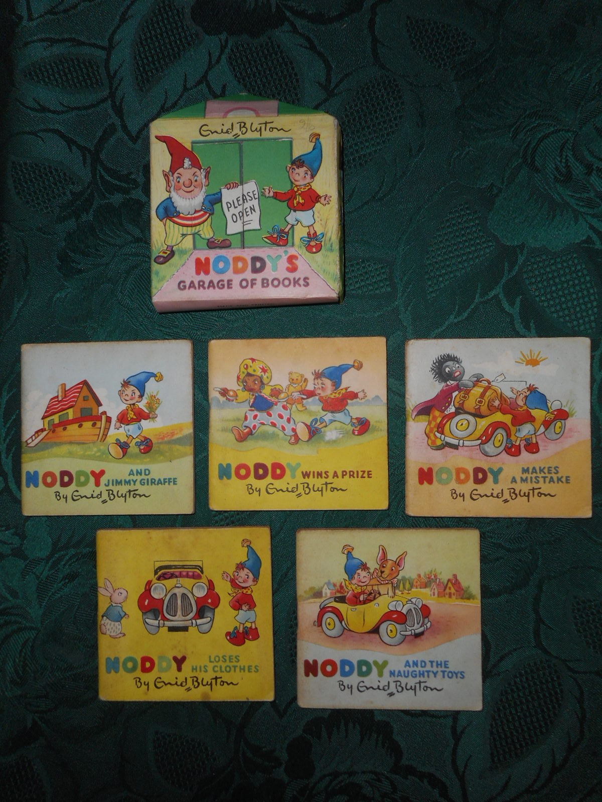 Image for Noddy's Garage of Books. Garage 'Box' Containing 5 Books:- Noddy Loses His Clothes; Noddy and the Naughty Toys; Noddy Makes a Mistake; Noddy Wins a Prize; Noddy and Jimmy Giraffe