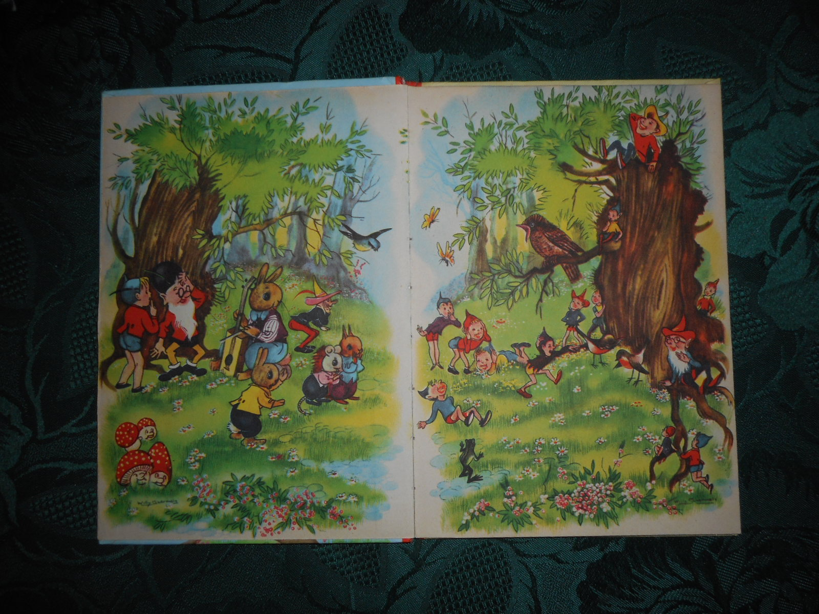 Image for Winkie and Ruby Robin. A Children's Story Book