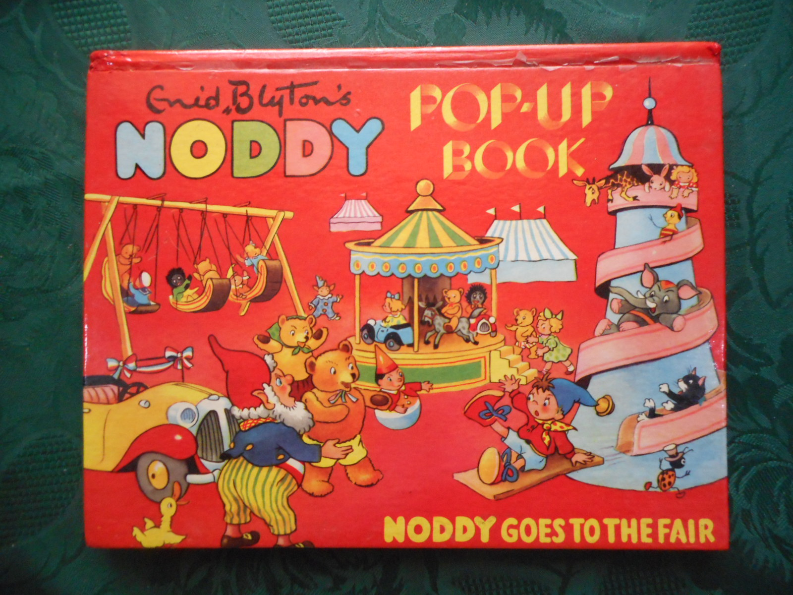 Image for Noddy Goes to the Fair. Enid Blyton's Noddy Pop-Up Book